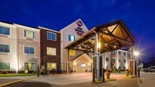 Best Western Plus Menomonie Inn Suites