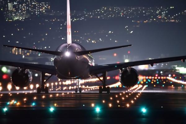 night flight 2307018 960 720